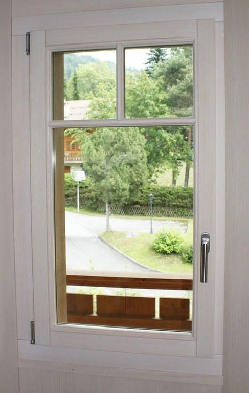 Fenêtre bois sapin à Villars