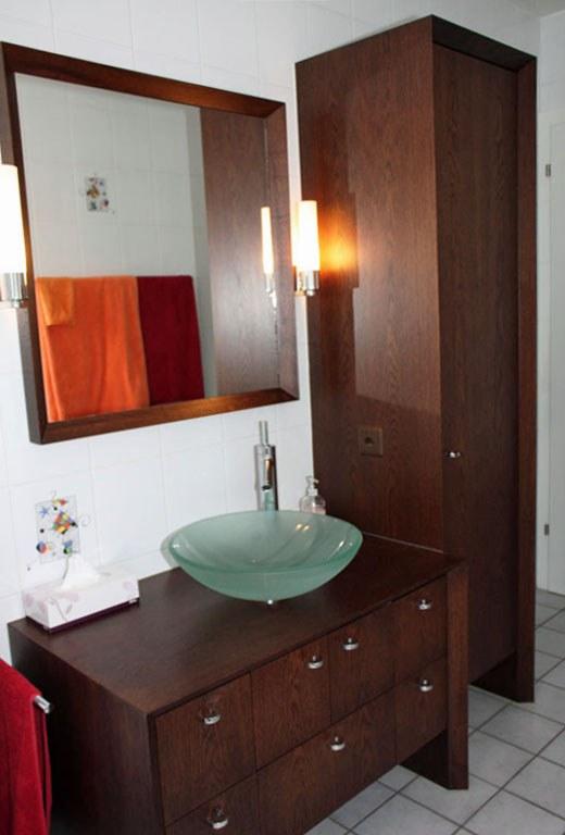 Meuble salle de bain en chêne teinté brossé