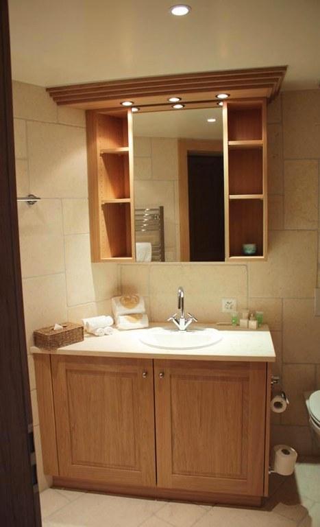 Meuble salle de bain en chêne