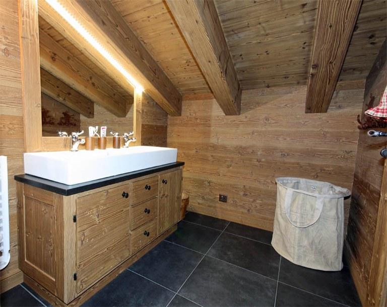 Meuble salle de bain en bois vieilli