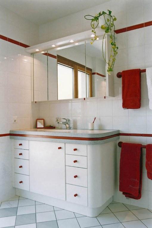 Meuble salle de bain en laque
