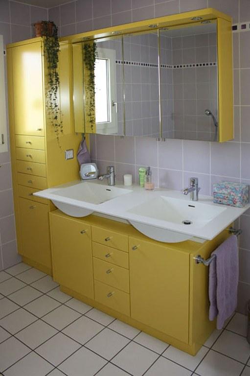 Meuble de salle de bain en MDF laqué