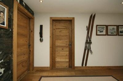 Porte intérieure en vieux bois